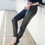 Spodnie zesztucznej skóry – wjakiej stylizacji sprawdzą się najlepiej?